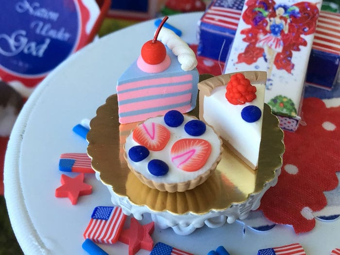 4th of july miniature pastries
